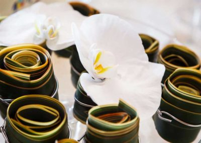 Dettaglio di addobbi floreali per matrimonio