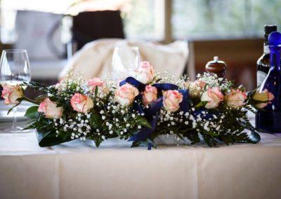 Composizione floreale per tavolo di matrimonio