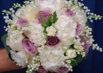 Bouquet da sposa bianco e rosa