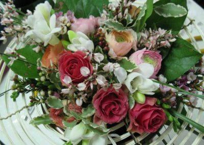 Centrotavola floreale per tavolo matrimonio