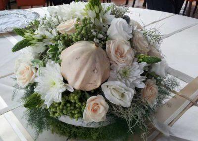 composizione fioraio del fiore all'occhiello